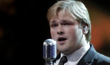 Talent 2010 crooner 3